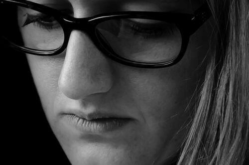 1f egyfókuszú dioptriás szemüveg